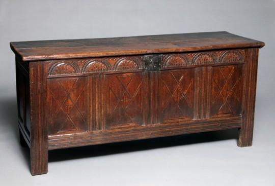 Oak chest Sold