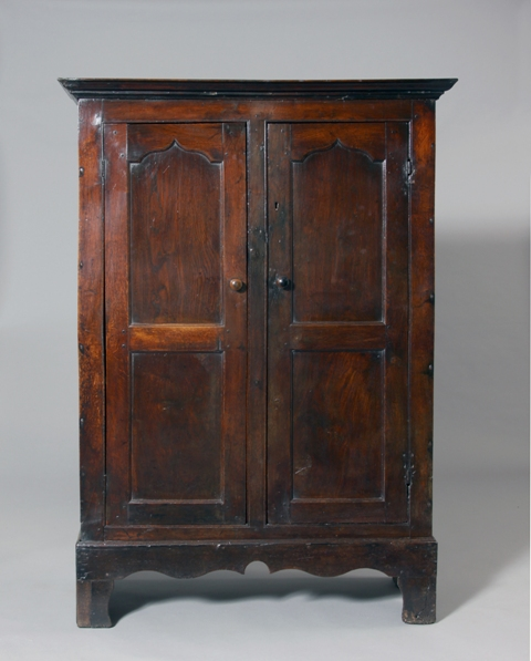 Small Welsh cupboard Sold
