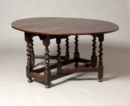 Gate leg table Sold