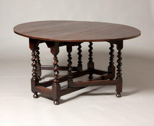 Gate leg table Sold