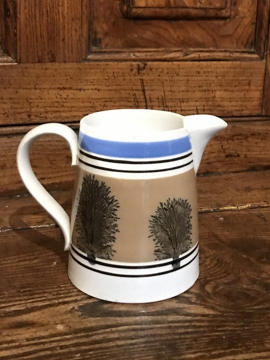 Mochaware jug (P)