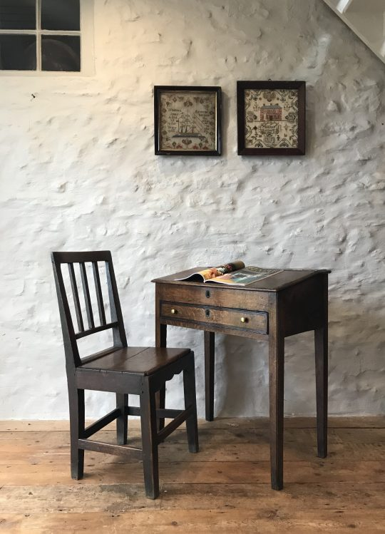 Small 18th century Welsh oak desk