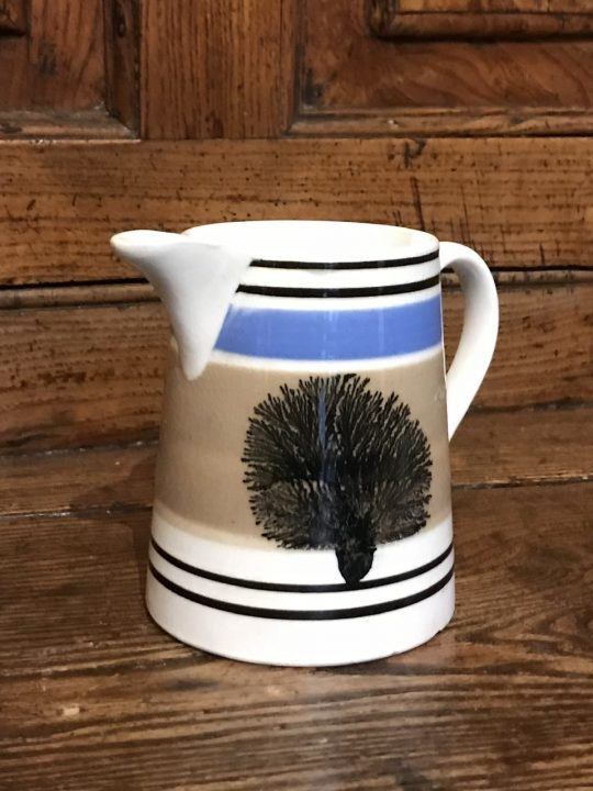Mochaware jug (O)