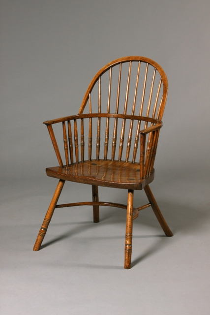 Hoop-back Windsor chair - Tim Bowen Antiques, Carmarthenshire, Wales Hoop-back Windsor Chair