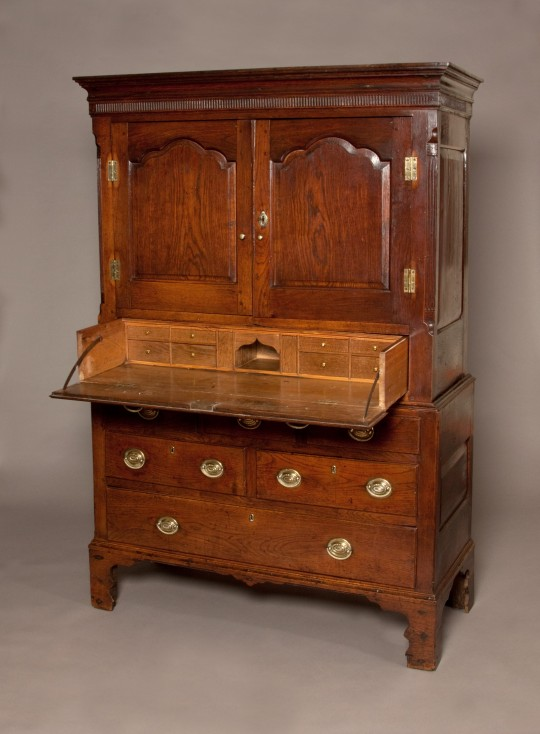 Welsh secretaire cabinet Sold