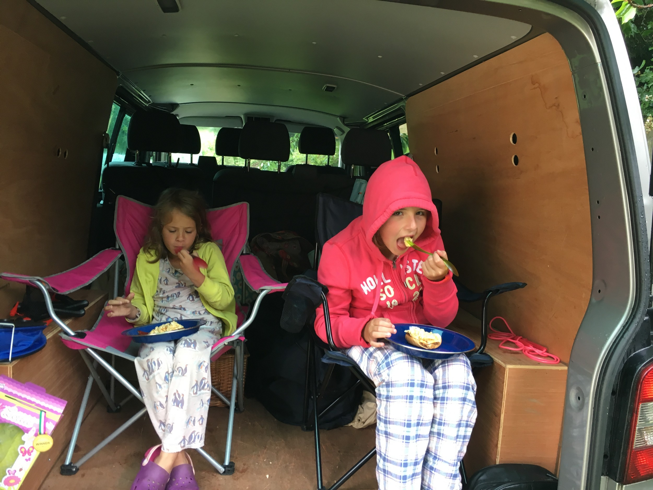 camping breakfast avoiding the rain