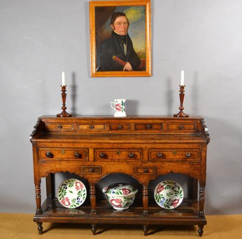 Dresser Base – Rhan waelod dresel Sold