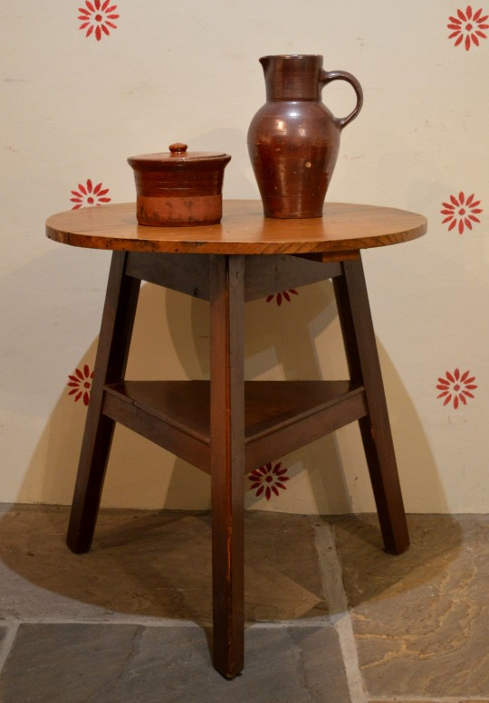 Welsh painted cricket table