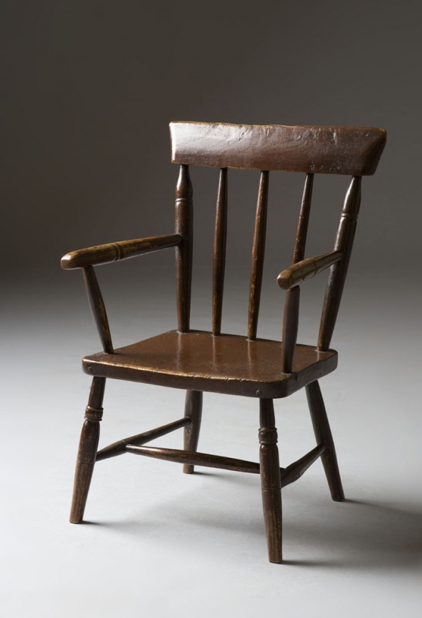 Victorian child's Windsor chair. - Tim Bowen Antiques, Carmarthenshire, Wales Antique Child's Chair